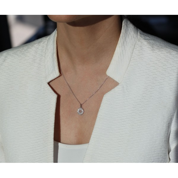 Chaine et pendentif en or blanc 18 carats et diamants