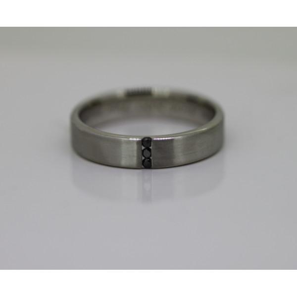 bague alliance lucien Pfertzel platine diamant noir
