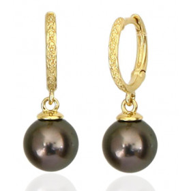 boucles d'oreilles or 18 carats et perles de Tahiti rondes.