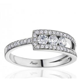 Bague Fiana joaillerie en or blanc 18 carats, diamant 0,52 carat trilogie