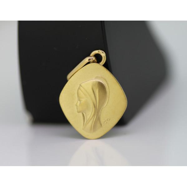 médaille or 18 carats losange de la vierge