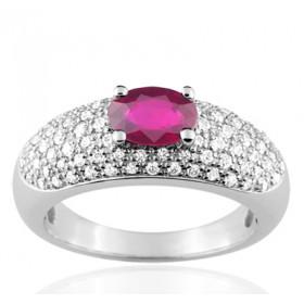 Bague or blanc 18 carats, rubis ovale et diamant 0,52 carat