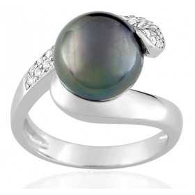 Bague or blanc 18 carats, diamant 0,40 carat et perle de Tahiti 11 mm