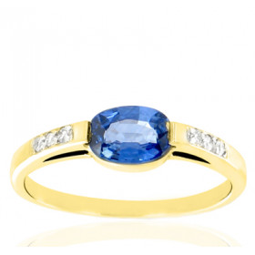 Bague en or blanc 18 carats, diamant 0,06 carat et saphir ovale